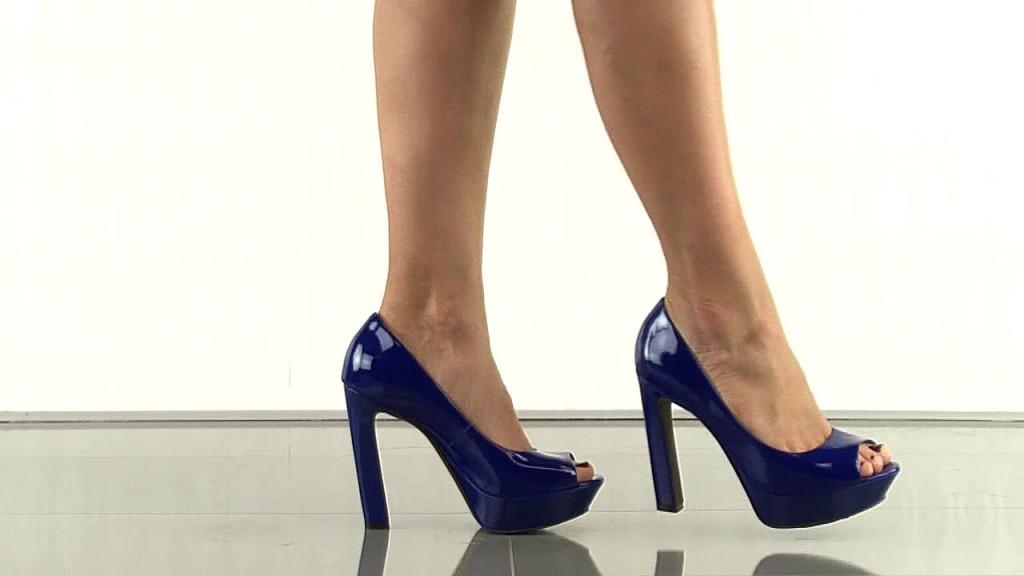 глянцевые туфли