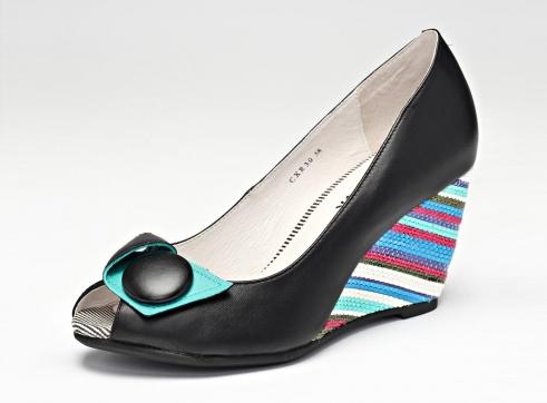 туфли с красочным каблуком