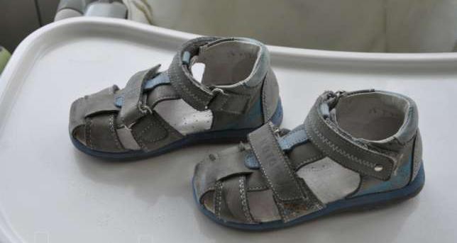 сапоги и туфли бренда