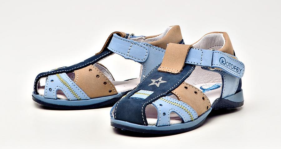 голубые сандали